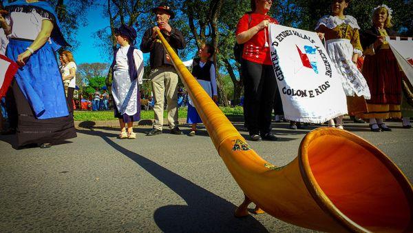 Memorias, gastronomía, danzas y música, ejes de la Fiesta del Inmigrante